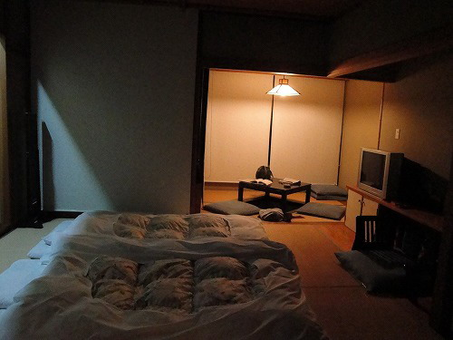 食後の部屋.jpg